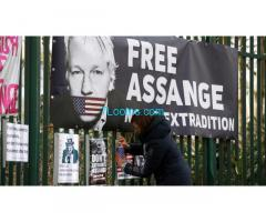 Hands Off Assange NOW! FREE ASSANGE NOW! DON´T SHOT the MESSENGER! NOW!